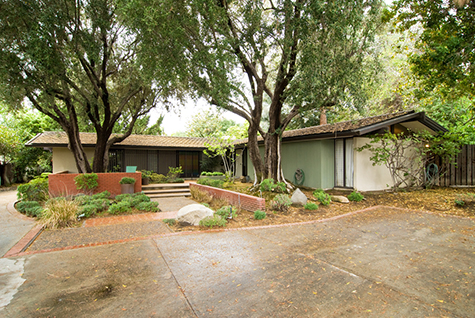 Mid-Century home for sale - photo